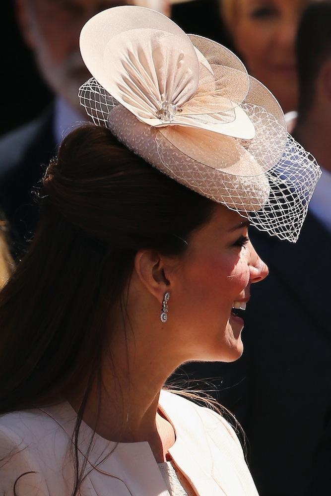 Kate Middleton Pink Facinator