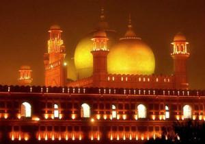 7-badshah_mosque