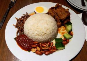 2-Nasi-lemak